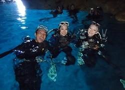 6青の洞窟シュノーケリング&クマノミダイビングサムネ