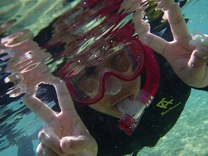 シュノーケリング水中写真