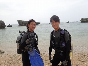 沖縄真栄田で体験ダイビング