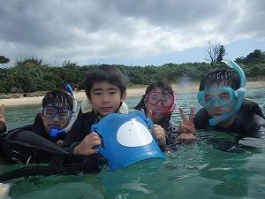 子供とシュノーケリング沖縄