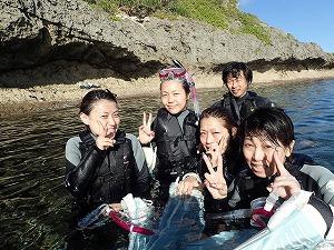 沖縄シュノーケリングおすすめポイント青の洞窟ツアー