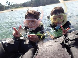 沖縄シュノーケリング5歳、7歳