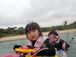 2歳の子供とぷかぷかシュノーケリング