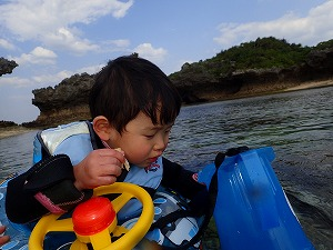沖縄2歳の子供と楽しめるシュノーケリング