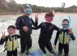 沖縄家族が楽しめるシュノーケリング
