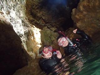 青の洞窟シュノーケリング 洞窟内部の様子