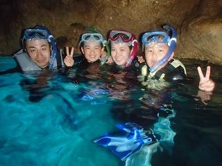 青の洞窟シュノーケリング ブルー