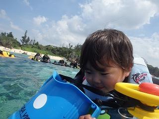 2歳シュノーケリング沖縄