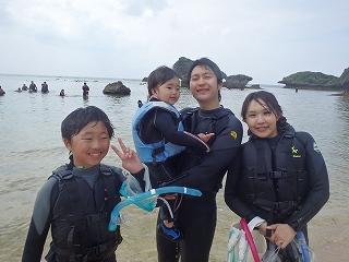 2歳の子供と海デビュー、シュノーケリング