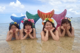 人魚になれる!沖縄マーメイド体験