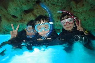 青の洞窟シュノーケル 記念写真