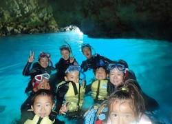 青の洞窟シュノーケリング子供連れ