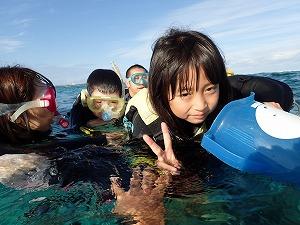 沖縄子供シュノーケリング
