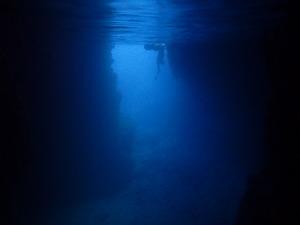 青の洞窟内 シュノーケリング