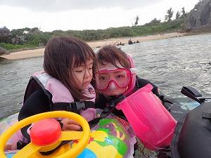 沖縄2歳の子供とシュノーケリング