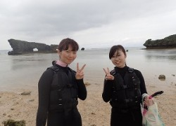 沖縄社員旅行でシュノーケリング