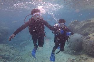 沖縄ダイビング8歳の子供と親子で思いで作り
