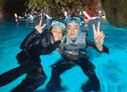 青の洞窟シュノーケリングとダイビング