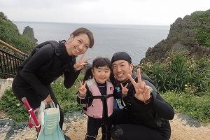 3歳の子供と青の洞窟シュノーケリング