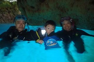 青の洞窟シュノーケリング5歳
