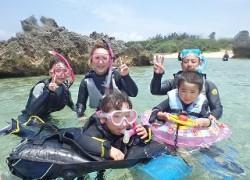 沖縄シュノーケリング5歳以下の子供と一緒に楽しめる