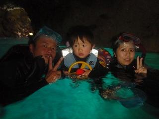 青の洞窟シュノーケリング3歳