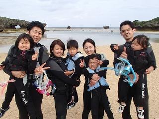 沖縄シュノーケリング2歳の子供と遊べる自然体験