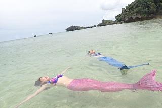 マーメイド体験 プライベートビーチなので安心