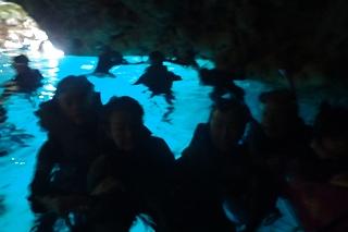 家族旅行 青の洞窟シュノーケリング