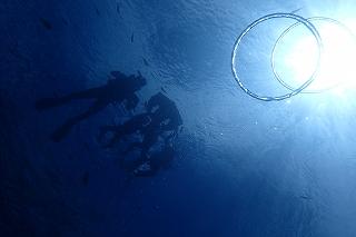 青の洞窟シュノーケリング バブリング